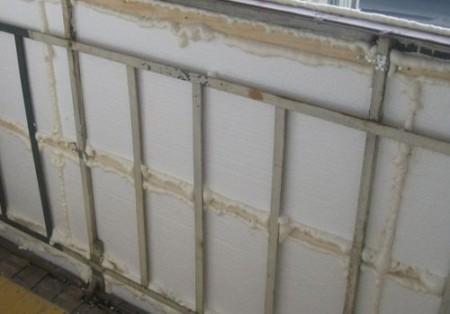 Пример утепления стен балкона пенопластом