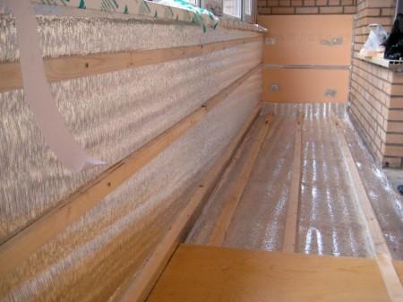 Правильно подбираем утеплитель балкона