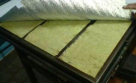 Утепление полотна минватой по металлическому каркасу