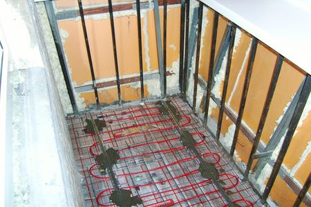 Нагревательные кабели на полу