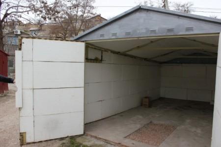 Утепленный гараж без отделки