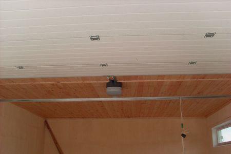 Отделка бетонного потолка в гараже